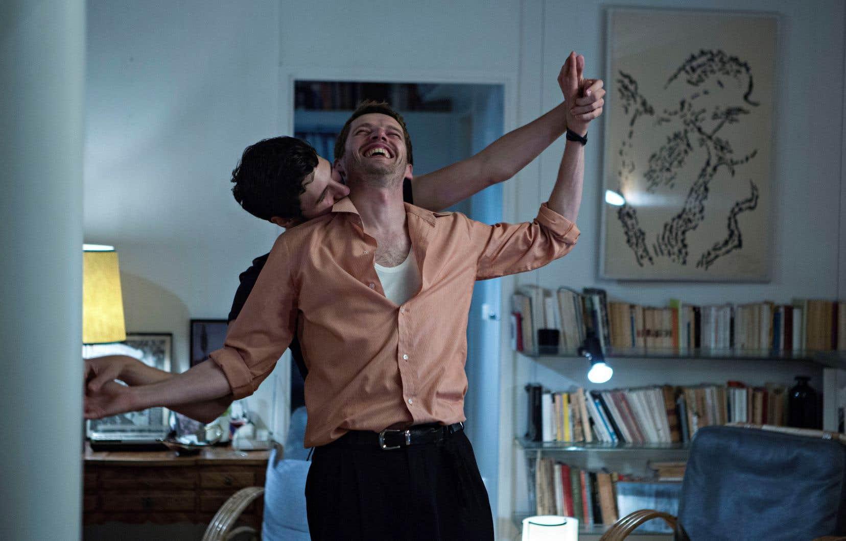 Les acteurs Vincent Lacoste et Pierre Deladonchamps dans le film«Plaire, aimer et courir vite», de Christophe Honoré