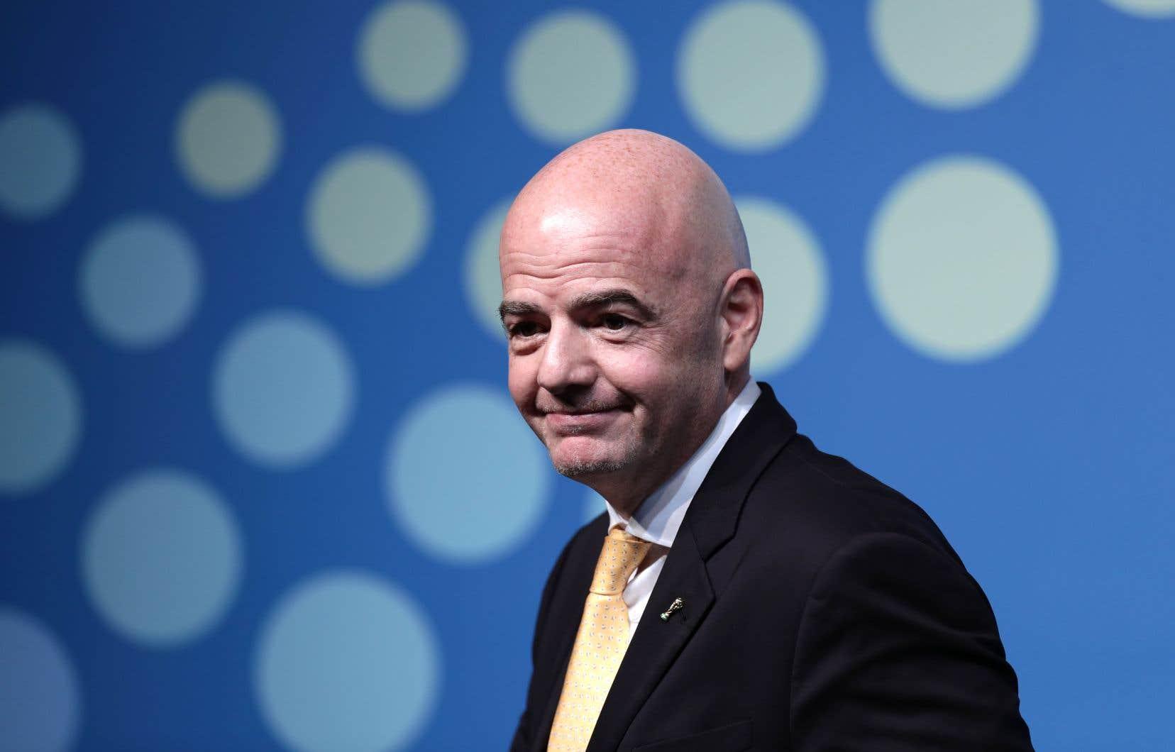 Candidat à sa réélection à la tête de la FIFA en juin 2019 à Paris, Gianni Infantino espérait faire adopter ses propositions fin octobre à Kigali.