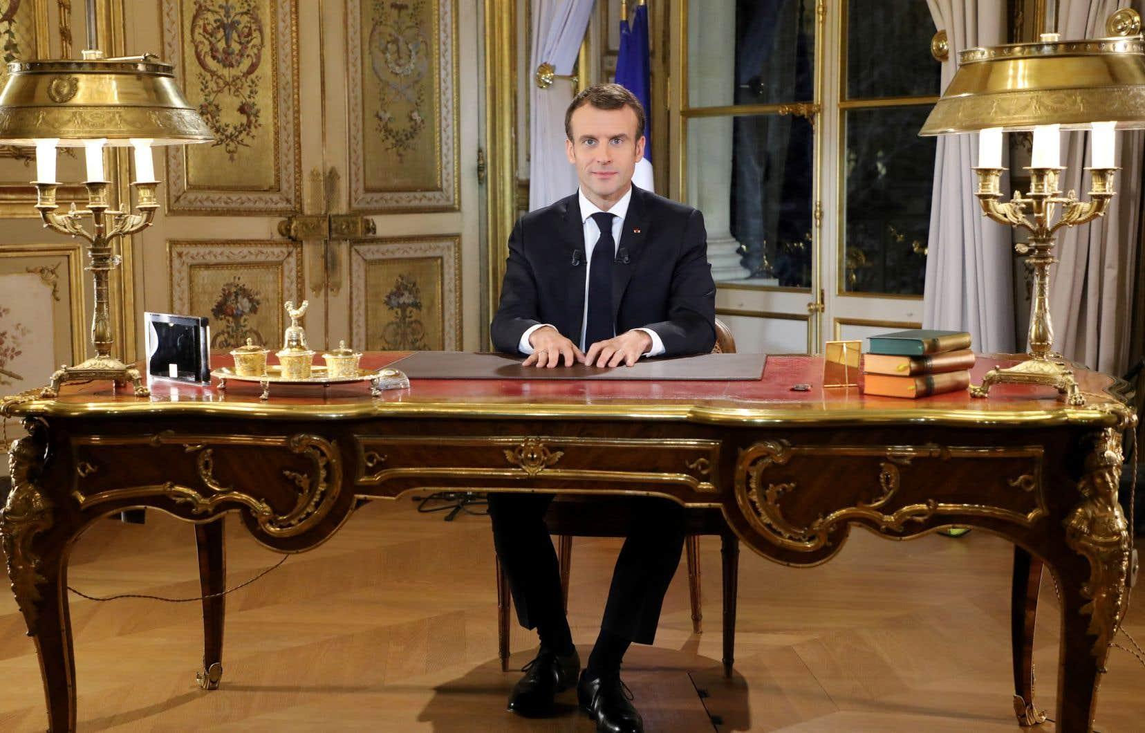 Le président français Emmanuel Macron a dit lundi soir lors d'une allocution décisive ressentir comme «juste à bien des égards» la colère des «gilets jaunes».