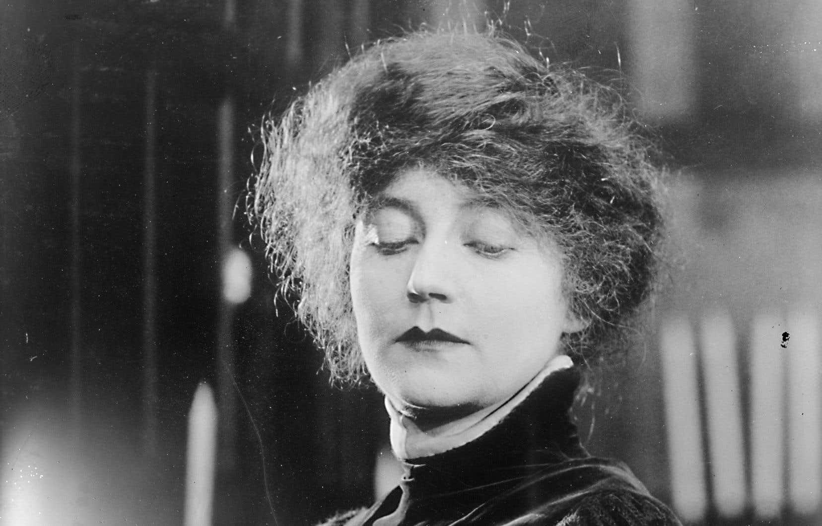 Portrait de Mary MacLane en 1918