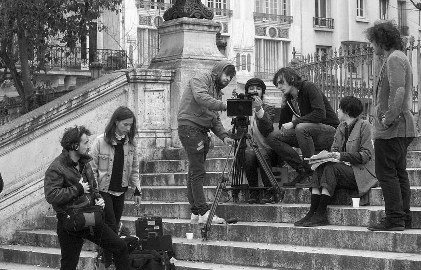 «Mesprovinciales» est un film résolument intemporel, mais solidement ancré dans une passion dévorante pour le septième art.