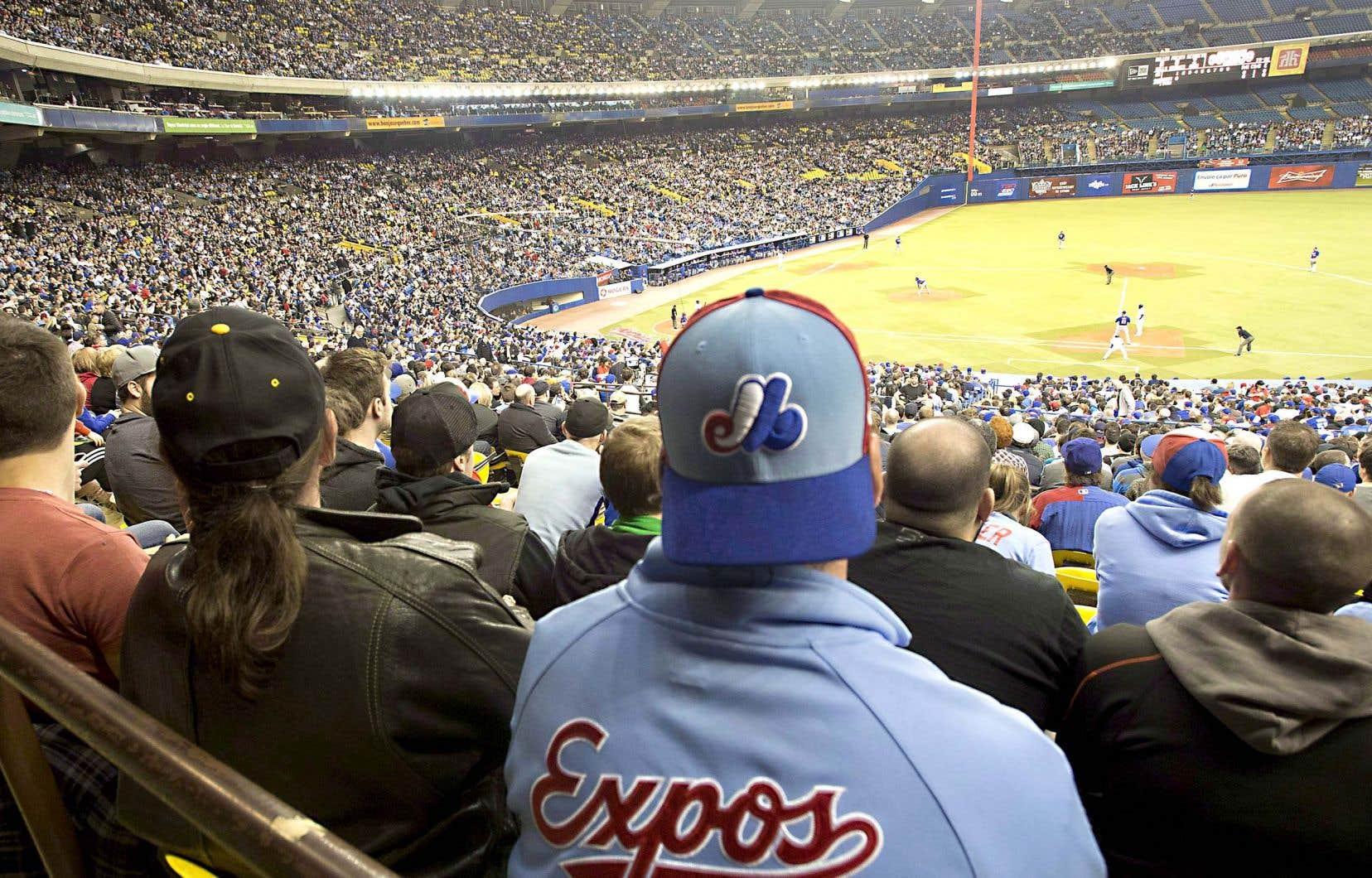 Selon une étude commandée par les promoteurs du retour du baseball à Montréal, la métropole québécoise se classe au 15erang sur les 27 marchés de la MLB pour la taille de la population métropolitaine et au 18erang en ce qui concerne le revenu médian des ménages.