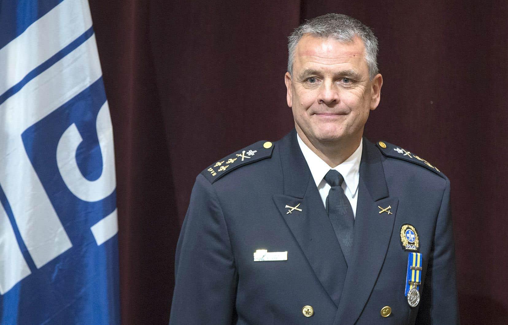 Le nouveau directeur du SPVM, Sylvain Caron, ne croit pas que le dénouement dans le dossier de Gilbert Rozon découragera les victimes de porter plainte. Les conclusions ont été différentes dans d'autres causes, signale-t-il.