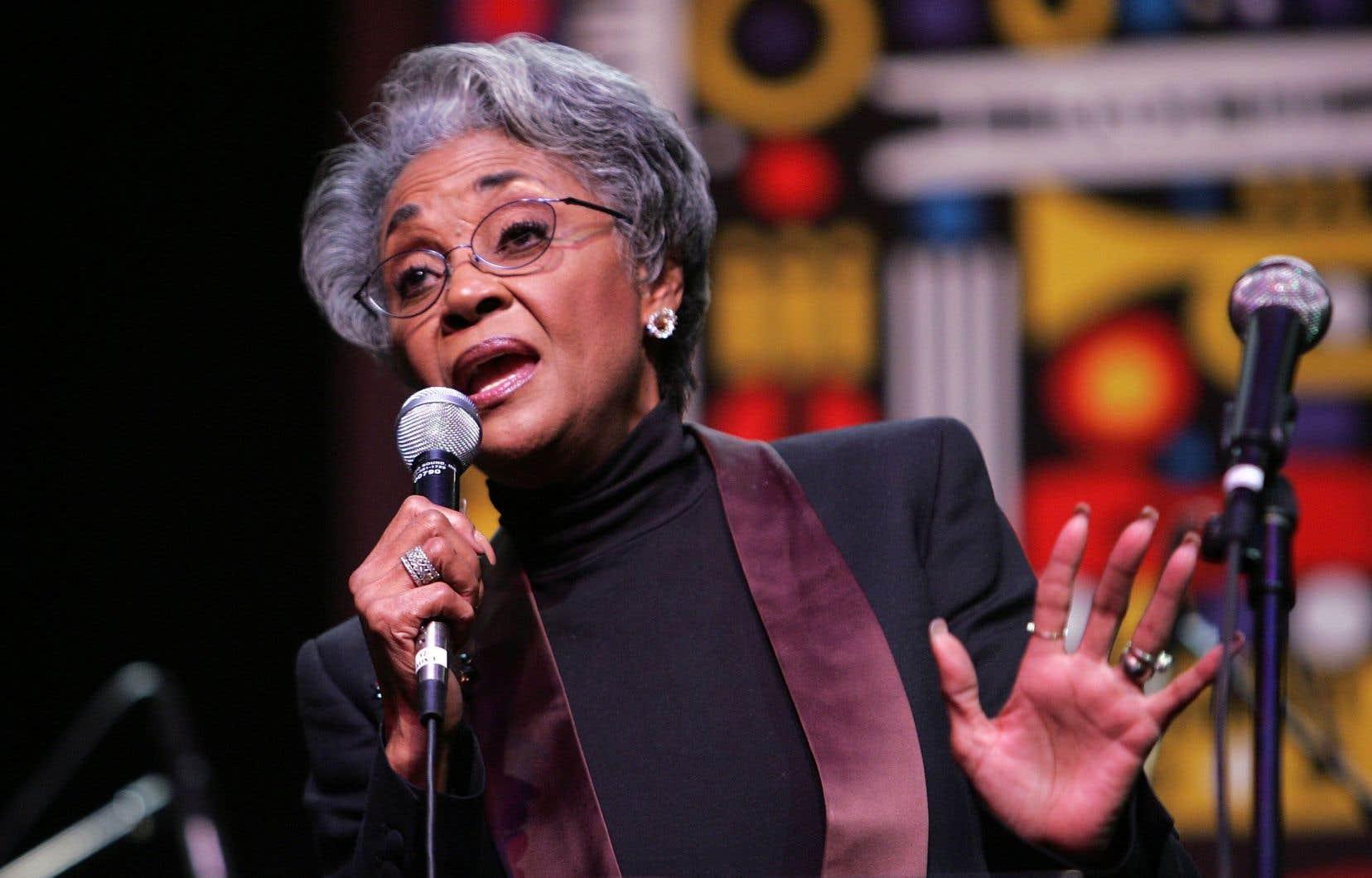 La légende du jazz Nancy Wilson, en 2007