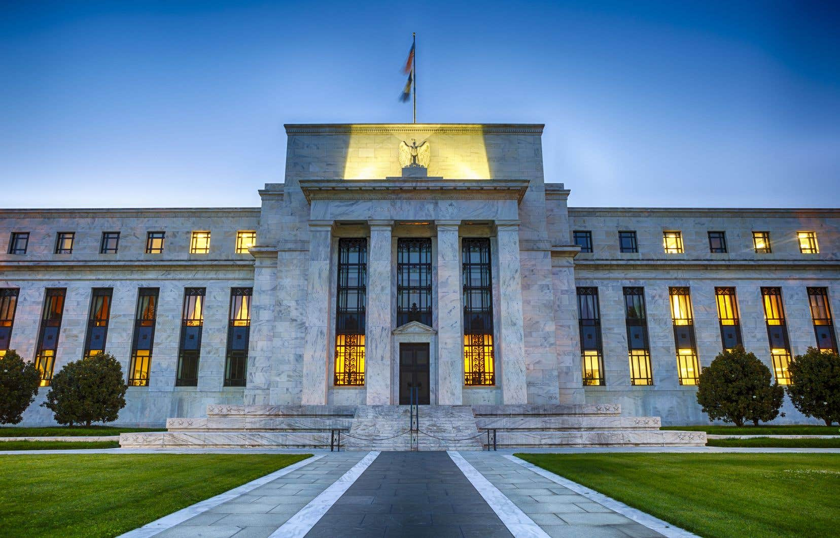 La Fed cherche à prévenir la surchauffe d'une économie dopée par les réductions d'impôts du gouvernement Trump.
