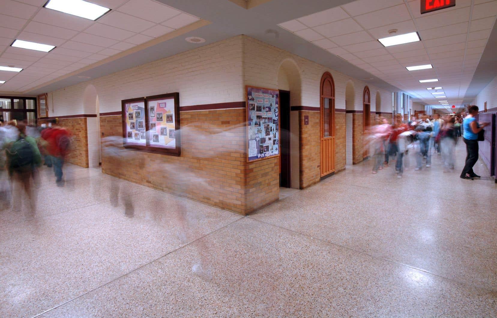 Selon le ministre de l'Éducation, les écoles anglophones de l'île de Montréal ont de la place pour 2250 élèves supplémentaires.
