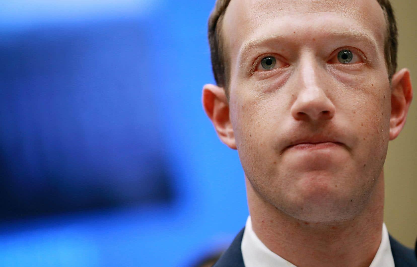 Mark Zuckerberg, 34ans, avait lancé à la blague aux débuts de Facebook qu'il voulait dominer le monde.