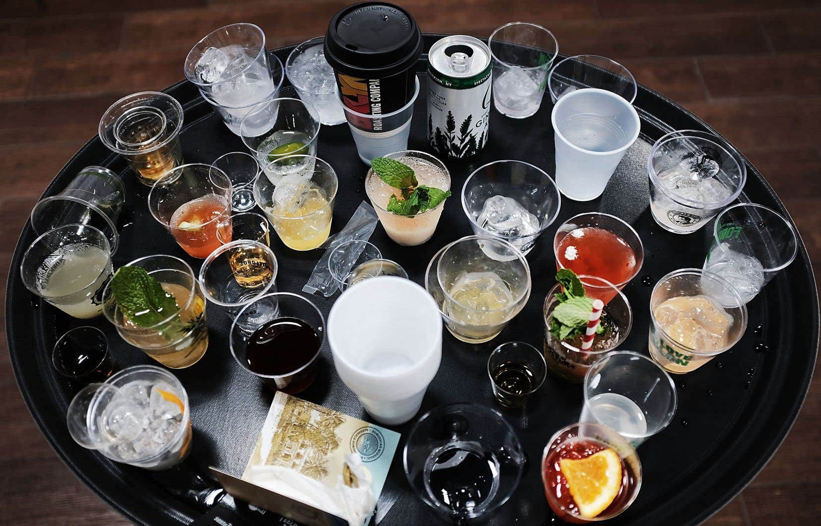 L'alcool reste un facteur de risque dans les maladies du cœur, du foie et du pancréas, en plus d'augmenter les risques de développer certains cancers, comme celui de la bouche, de l'œsophage, du larynx et du foie.