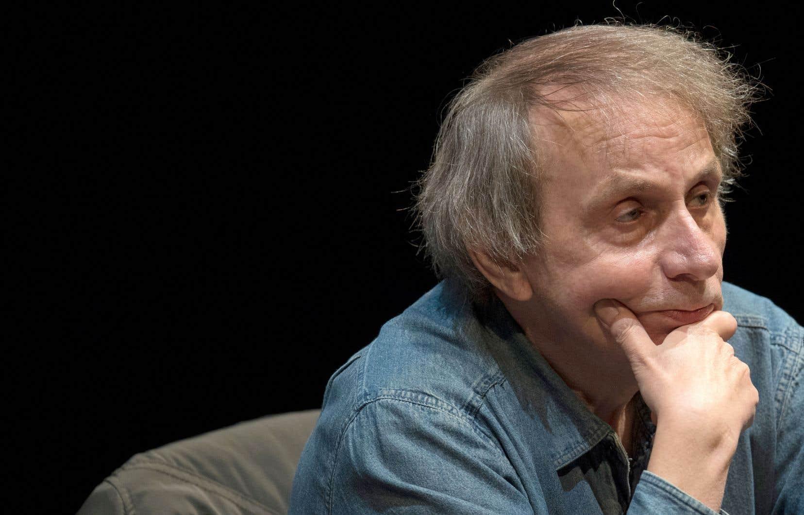 Avec «Sérotonine», Michel Houellebecqpersiste dans sa critique du libéralisme et des relations amoureuses.