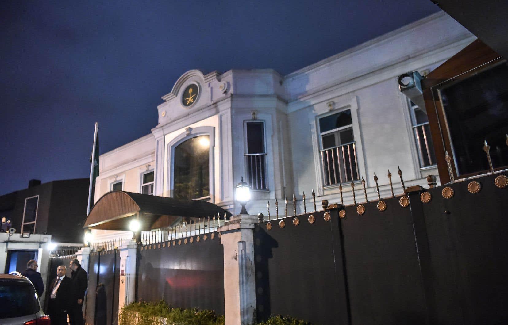 Le 2octobre, Jamal Khashoggi pénètre dans le consulat saoudien à Istanbul. Il n'en ressortira pas vivant.