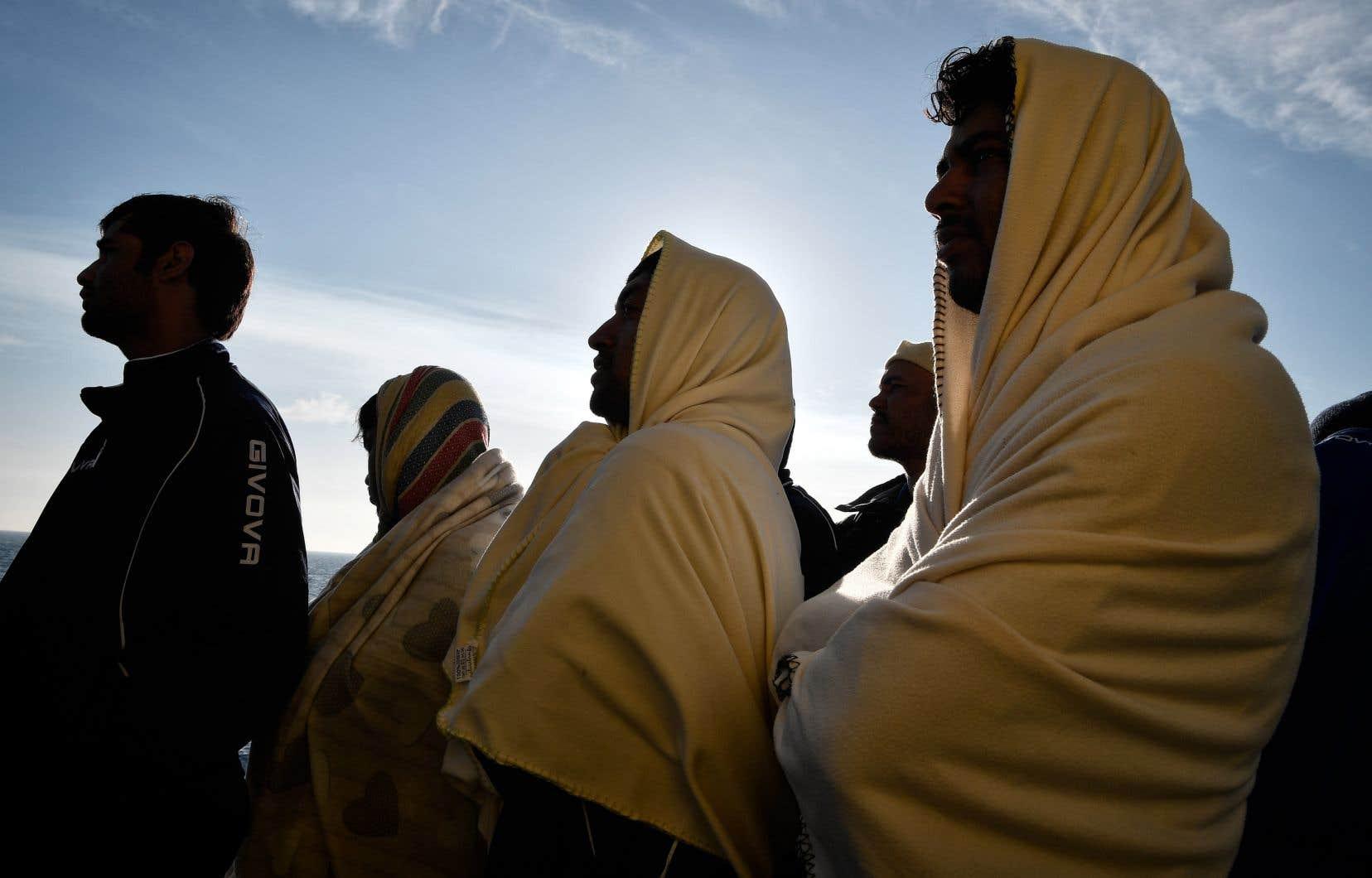 Environ 1300 migrants ont péri en 2018 en tentant de traverser la Méditerranée pour rejoindre les côtes maltaises ou italiennes.