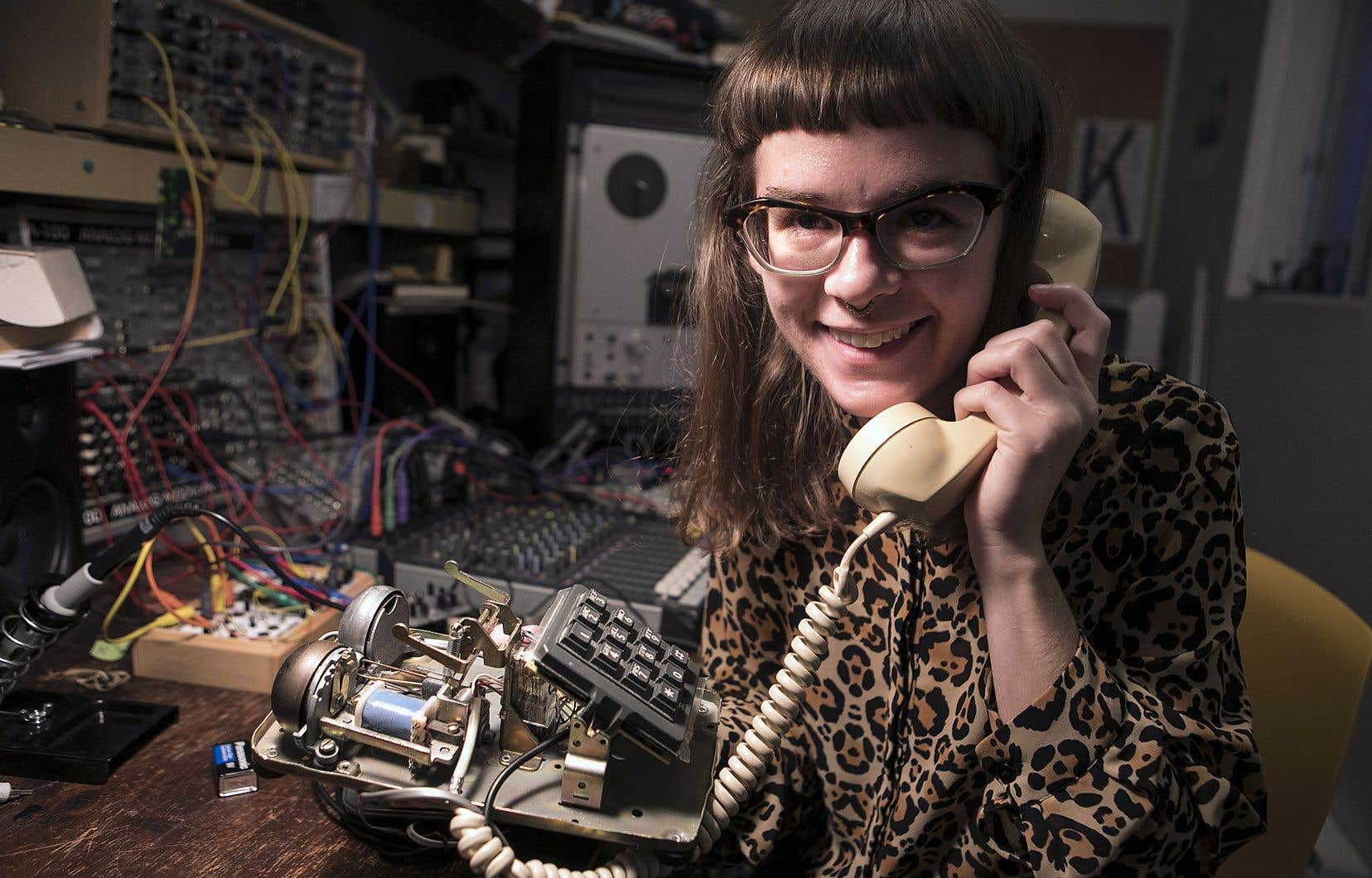 Émilie Payeur s'est intéressée au «circuit-bending» il y a quelques années, apprenant «sur le tas» les secrets des circuits électroniques.