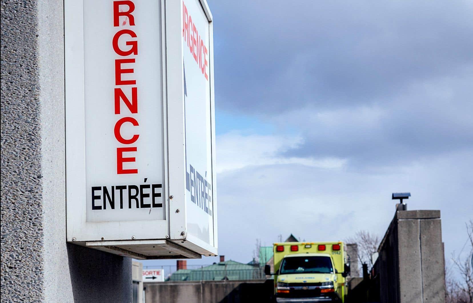 <p>À Montréal, l'achalandage des salles d'urgence est élevé à l'Hôpital LaSalle, à l'Hôpital général du Lakeshore, à l'Hôpital Maisonneuve-Rosemont, à l'Hôpital général juif, à l'Hôpital de Verdun et à l'Hôpital du Sacré-Coeur.</p>