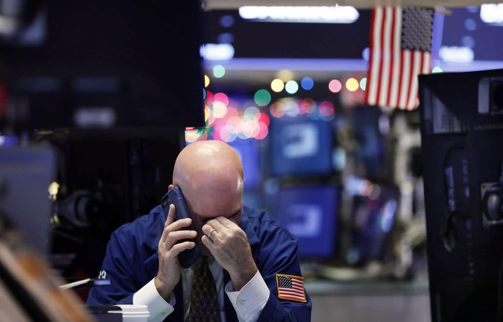 <p>L'indice vedette Dow Jones Industrial Average perdait 1,46% à 23 005,82 points.</p>