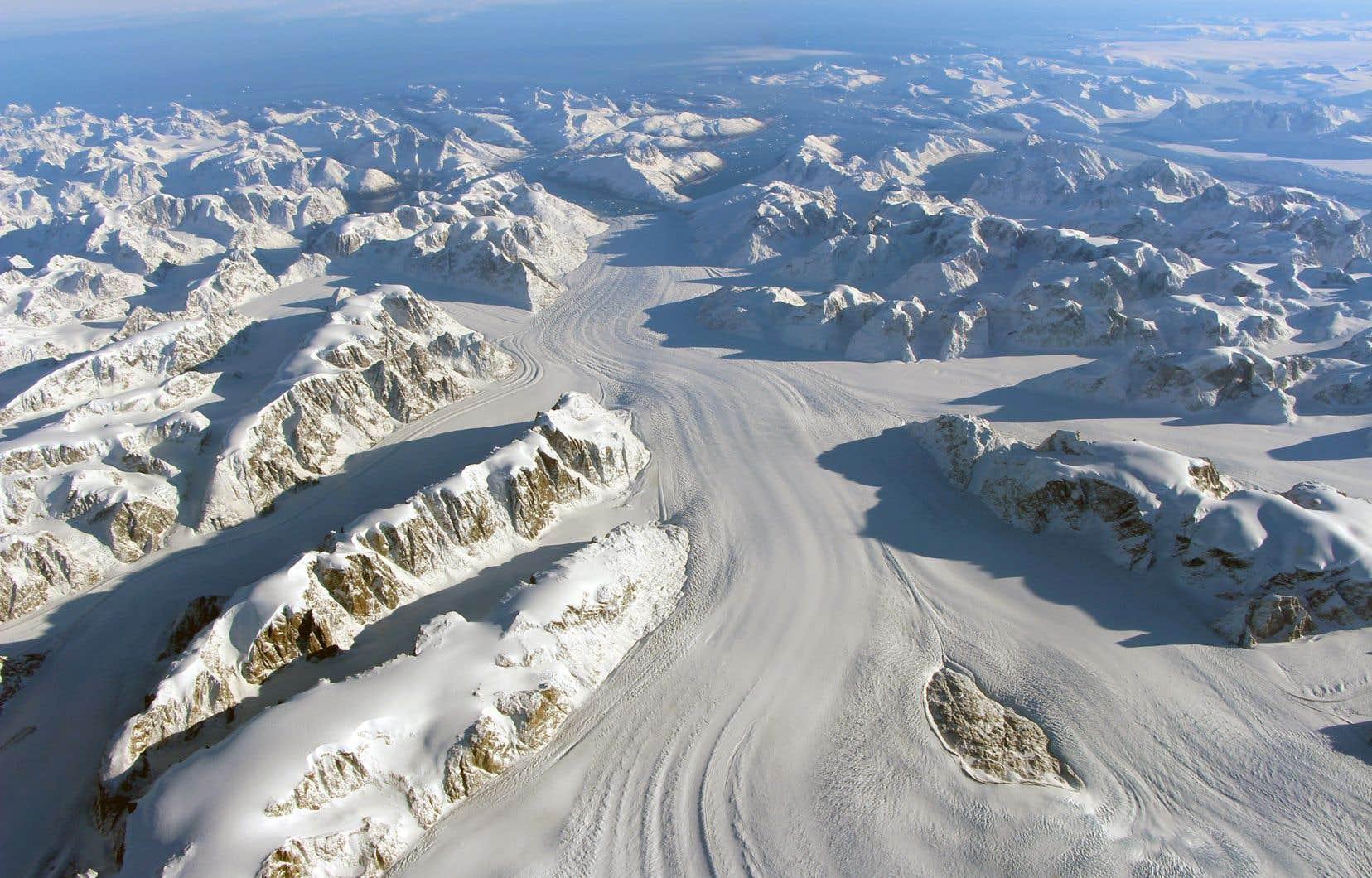 De grandes réserves de méthane se trouvent sous les glaciers du Groenland.