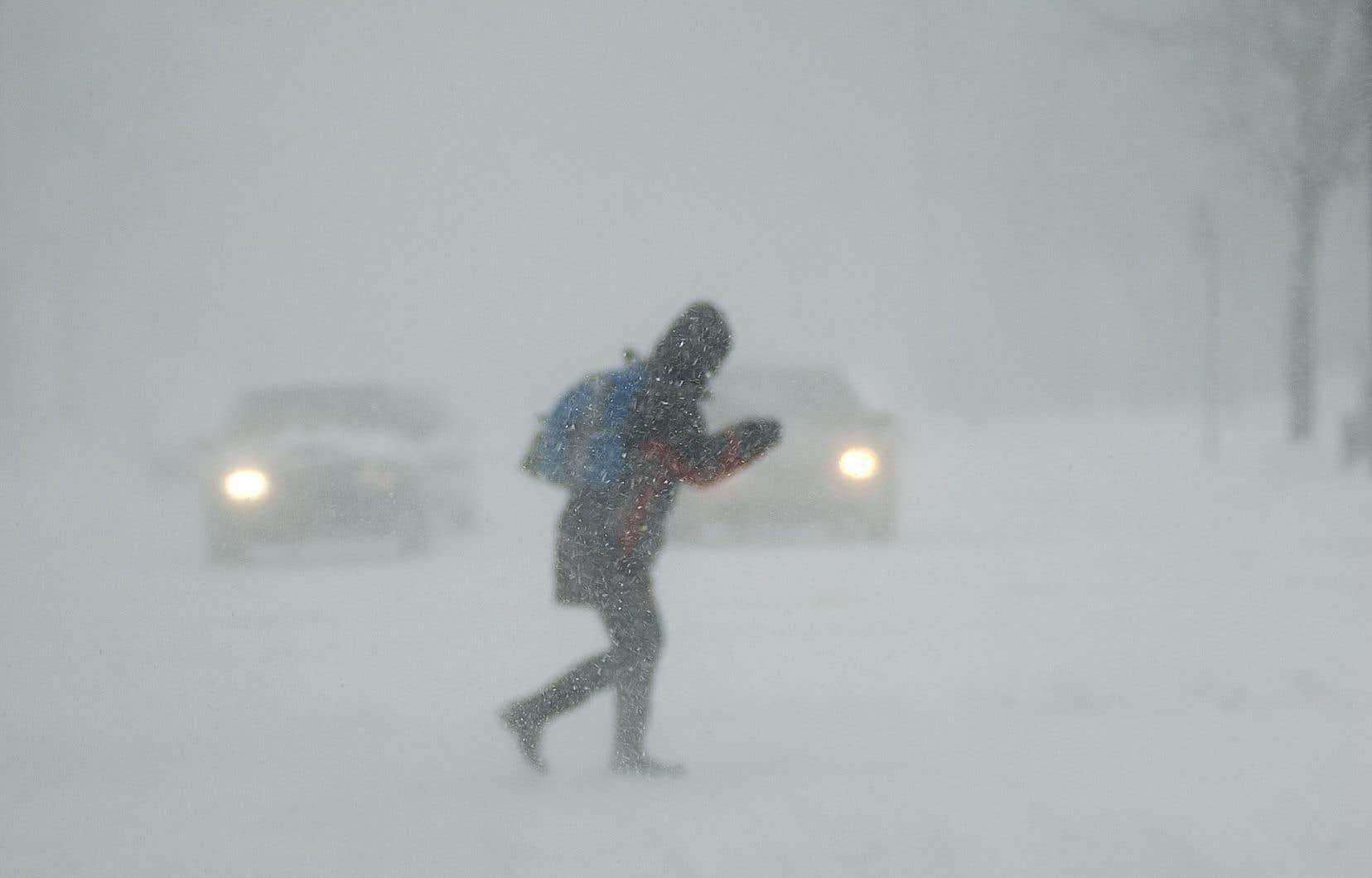 Environnement Canada prévoitdes accumulations supplémentaires de5 à 15 cm de neige.