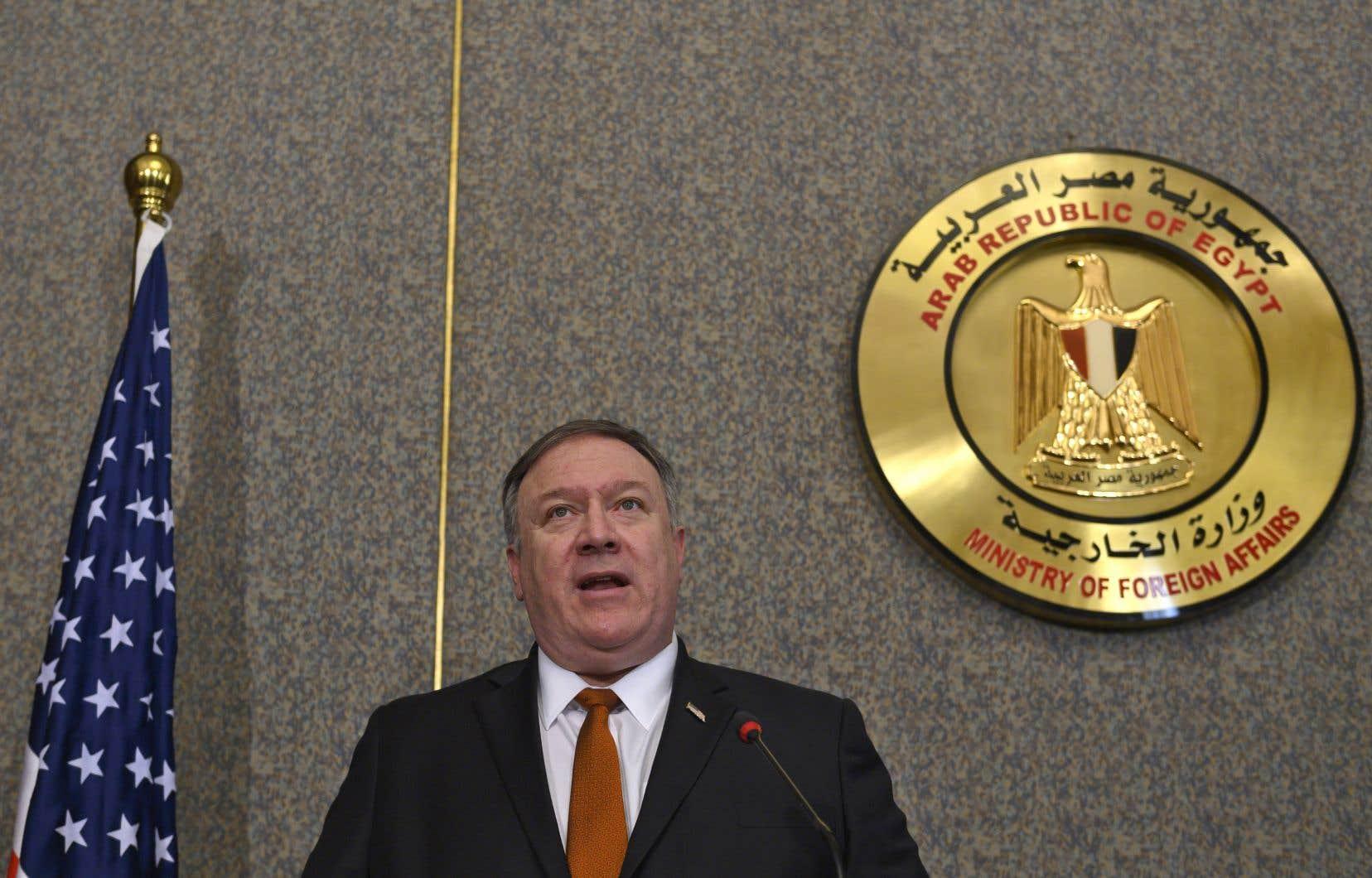 «Le président Trump a pris la décision de retirer nos troupes, nous allons le faire», a affirmé le chef de la diplomatie américaine, Mike Pompeo, lors d'une conférence de presse au Caire.