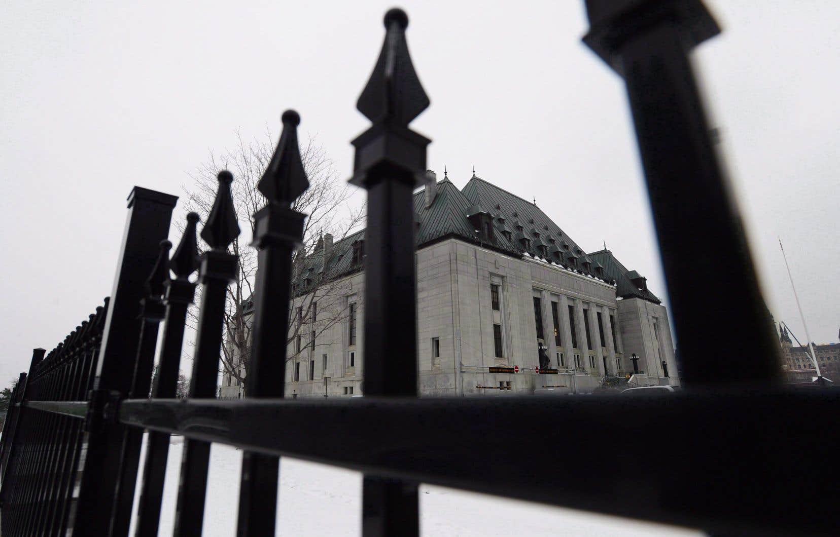 Les expatriés canadiens auraient toujours dû garder leur droit de vote, de l'avis de la Cour suprême du Canada.