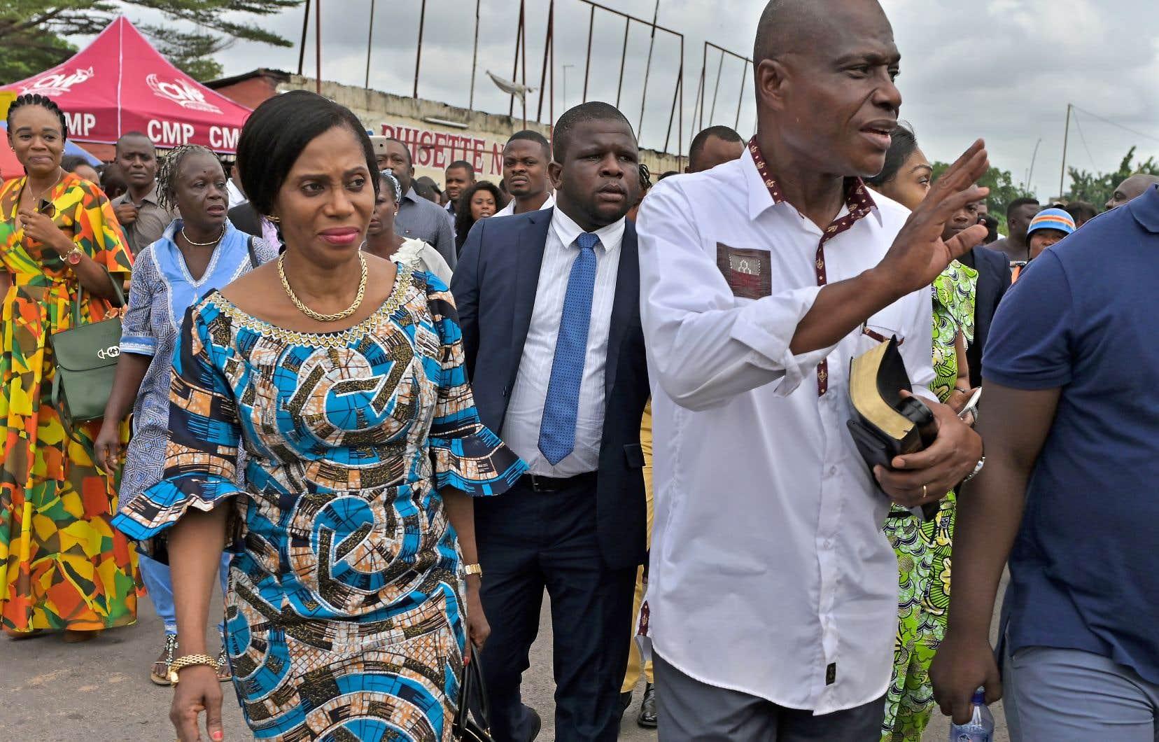 Le candidat de l'opposition congolaise Martin Fayulu s'est rendu avec son épouse dimanche à l'église protestante Philadelphie, à Kinshasa.