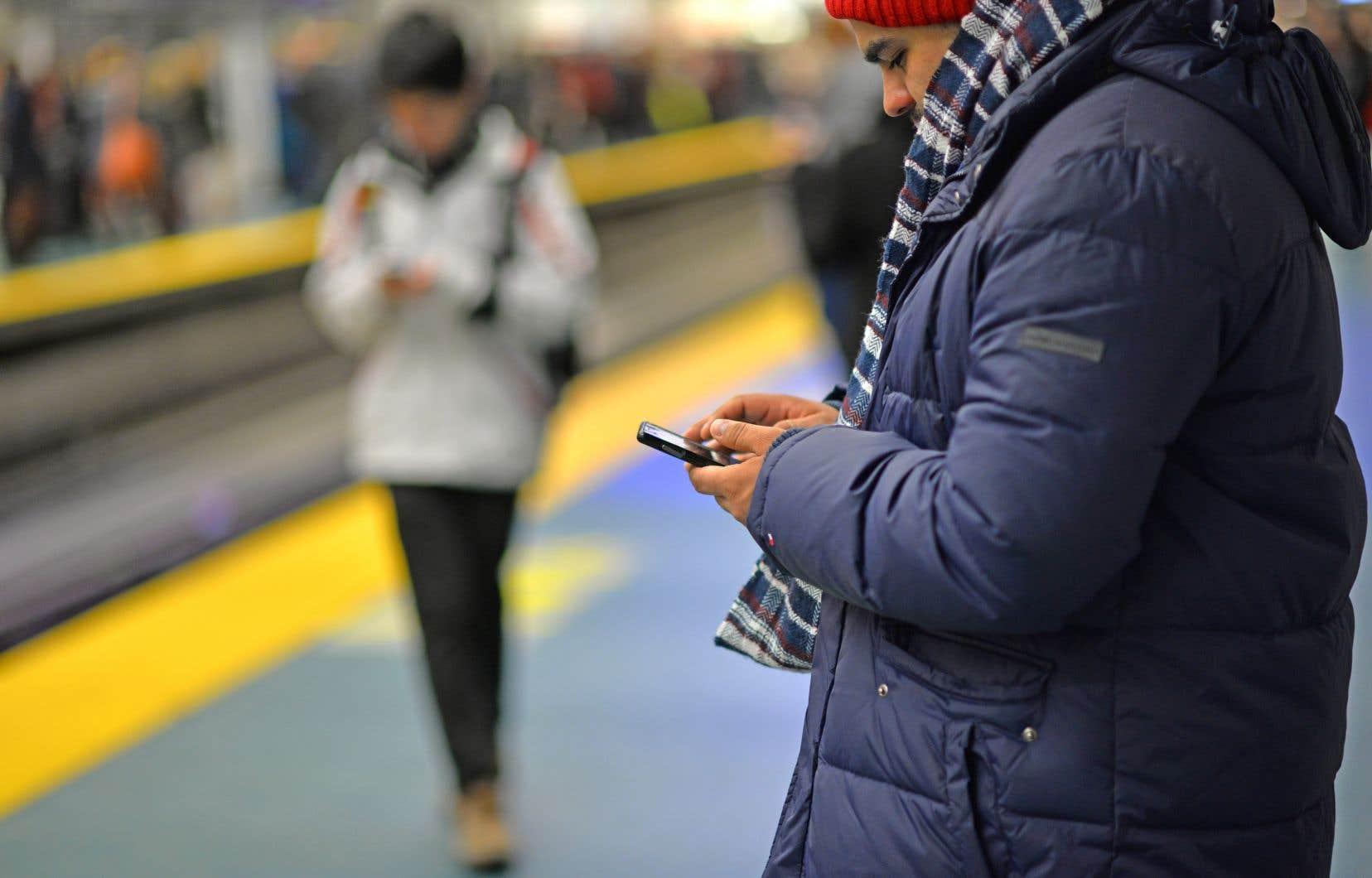 Facebook est devenu la première source d'information d'un bon nombre de citoyens (44% des Américains y tirent l'essentiel de leurs informations).