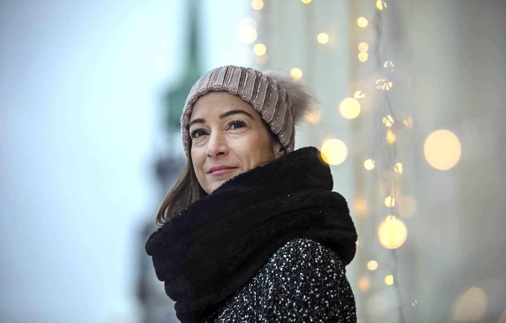 Dans «Épiphanie», son premier livre en10 ans (!), l'auteure Myriam Beaudoin épouse le ton de l'intime afin de raconter, à l'aide d'un «je» collé au réel, le souverain désir d'enfant, de la clinique de fertilité jusqu'au bureau gris de la DPJ.
