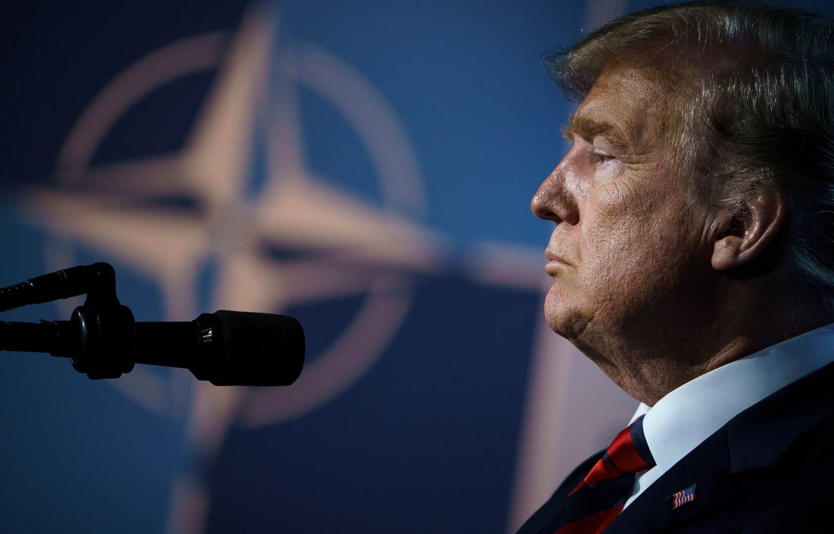 Selon le «New York Times», M.Trump aurait à de multiples reprises indiqué l'an dernier à de hauts responsables américains qu'il ne voyait pas l'intérêt de l'OTAN et que les États-Unis devraient s'en retirer.