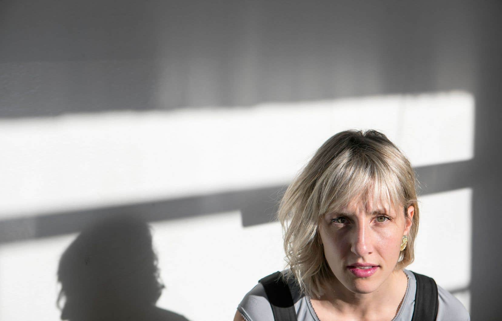 Ingrid St-Pierre offre son album le plus intimement universel et son plus lumineux avec «Petite plage».