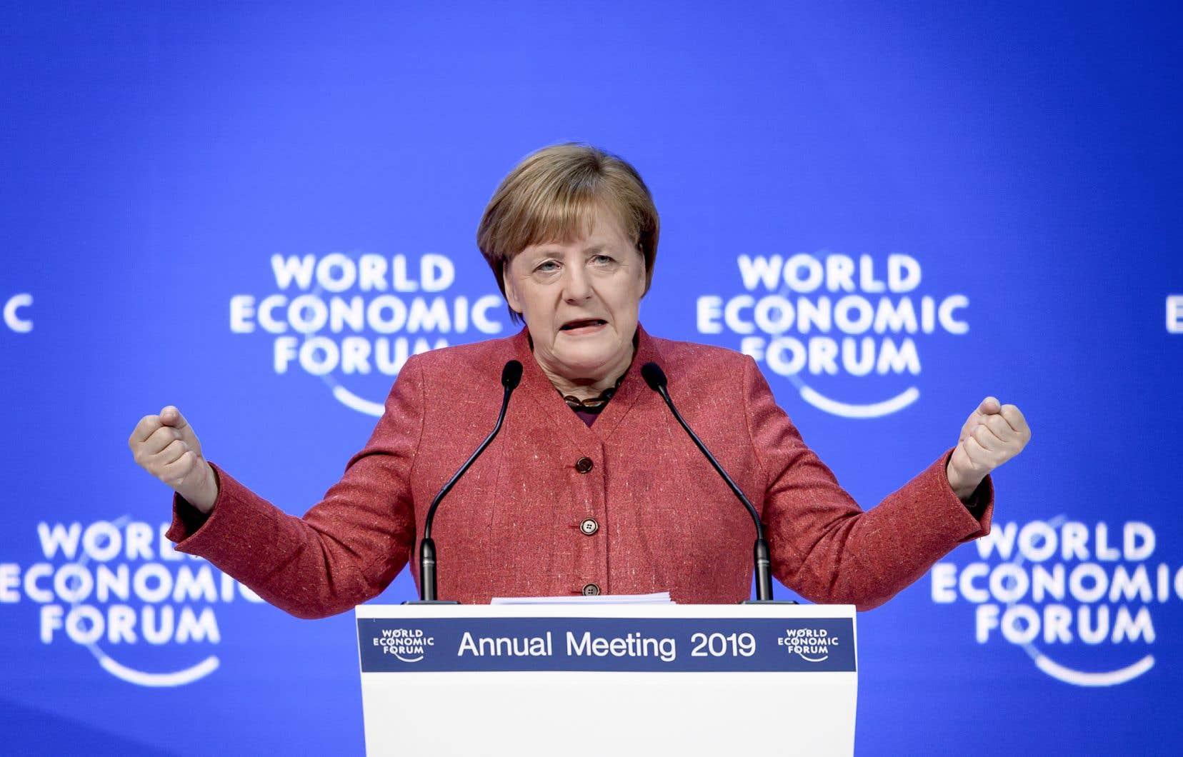 La chancelière allemande, Angela Merkel, s'est dite hautement sceptique mercredi quant aux retombées des politiques protectionnistes.