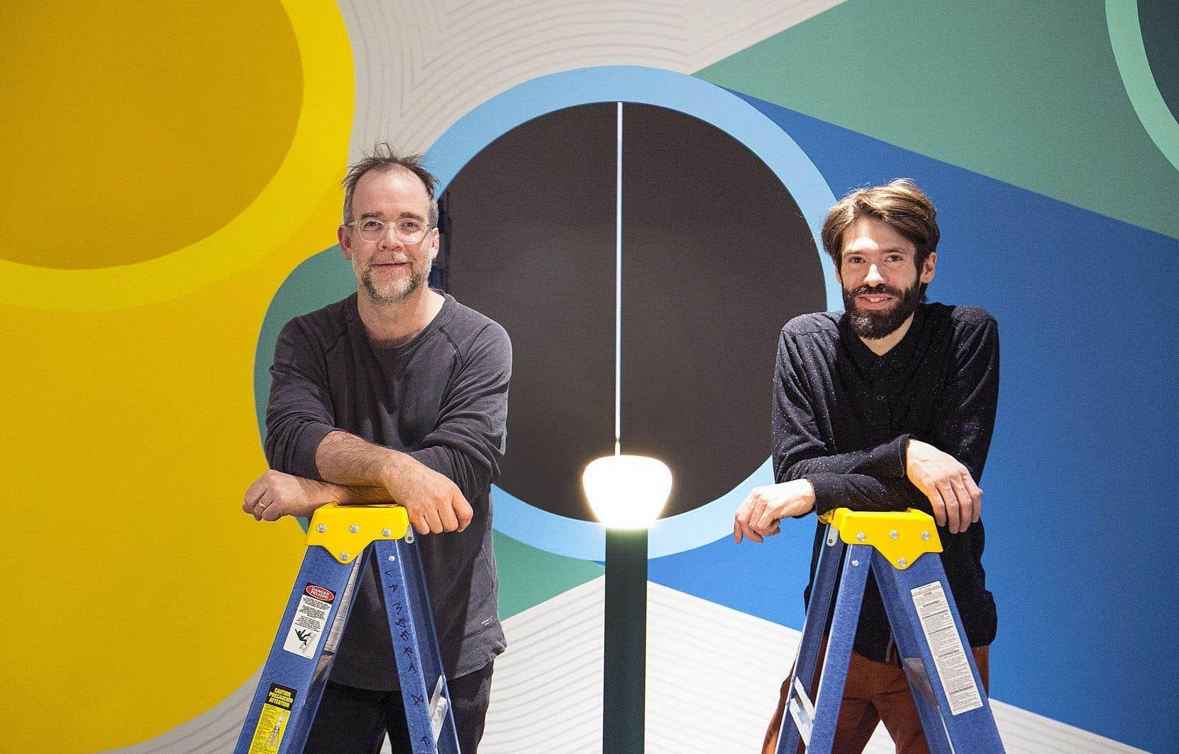 Samuel Lambert, proprio et designer de la galerie Corridor, et Alexis Pautasso, responsable de la galerie.