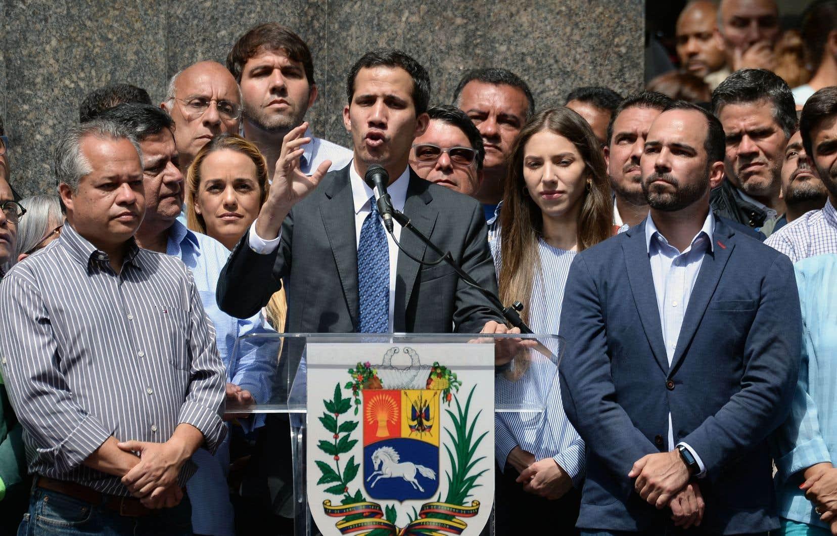 Juan Guaidóa appelé les Vénézuéliens à poursuivre la mobilisation dans la rue pour réclamer le départ de Nicolás Maduro.
