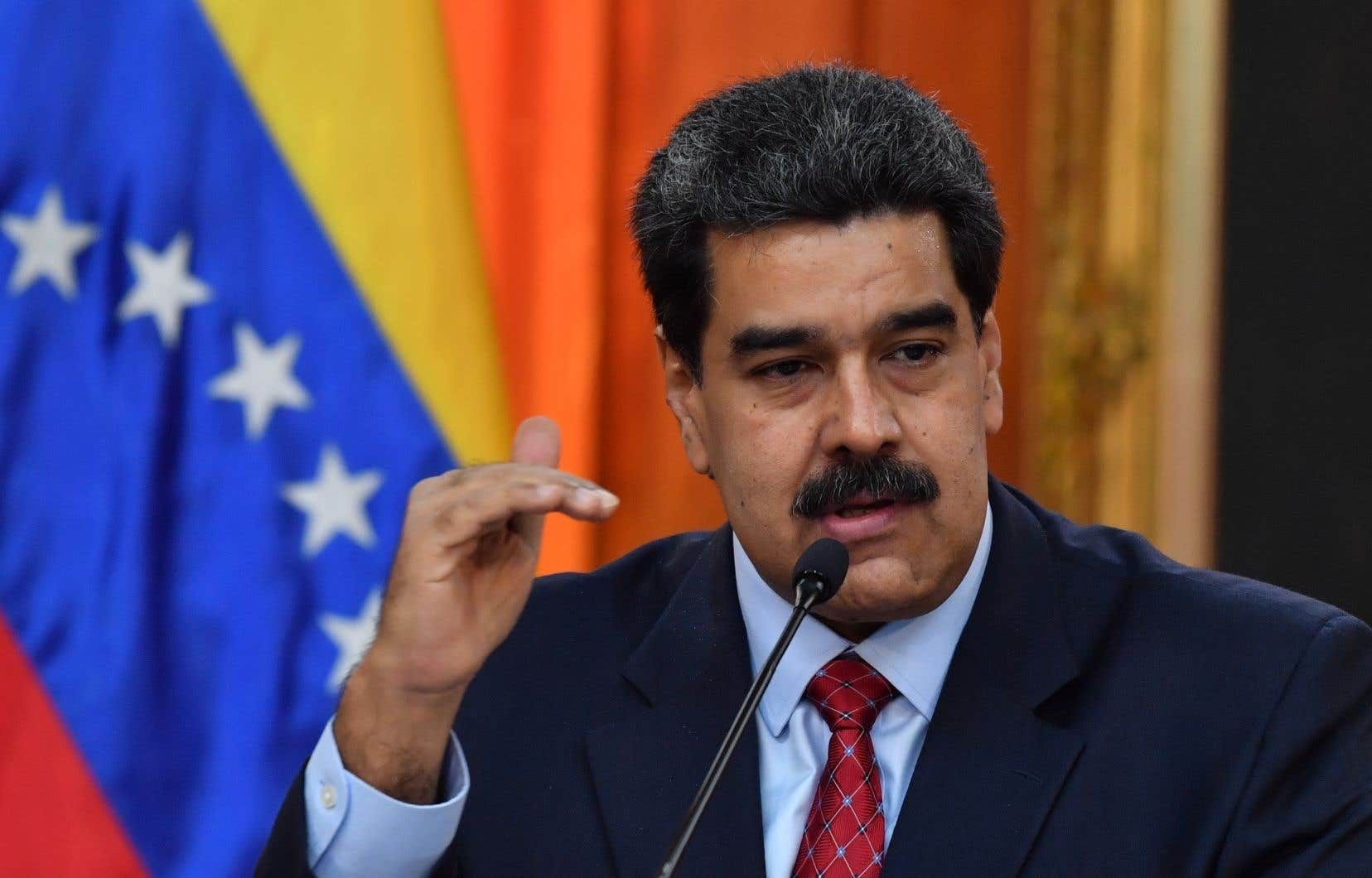 Mercredi, Nicolas Maduro avait annoncé la rupture des relations diplomatiques avec les États-Unis.