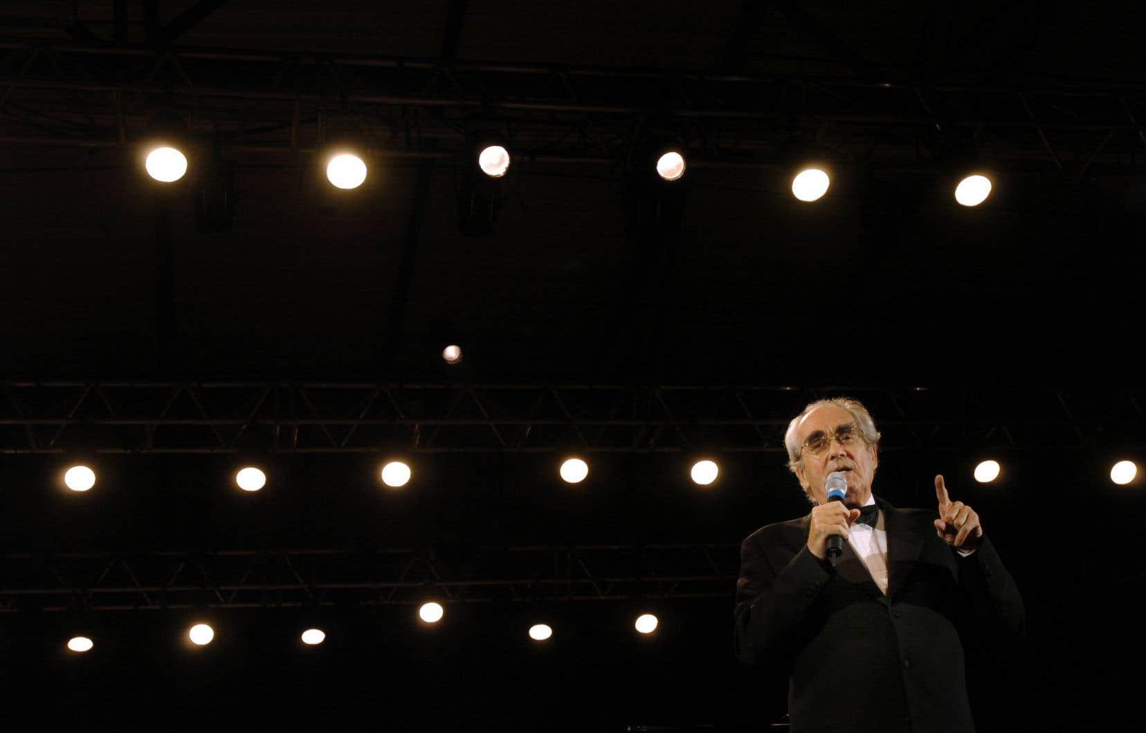 Lauréat de trois Oscar, Michel Legrand a effectué plusieurs passages remarqués au Québec.