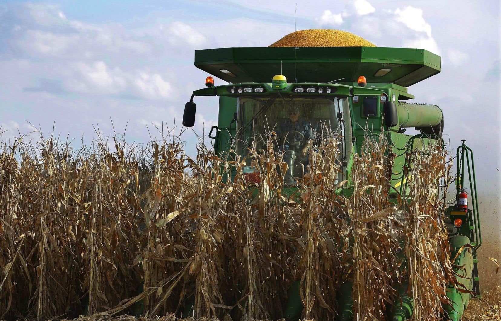 L'agronome Louis Robert a transmis des informations à des journalistes concernant l'ingérence de l'industrie agricole dans les recherches publiques sur les pesticides.