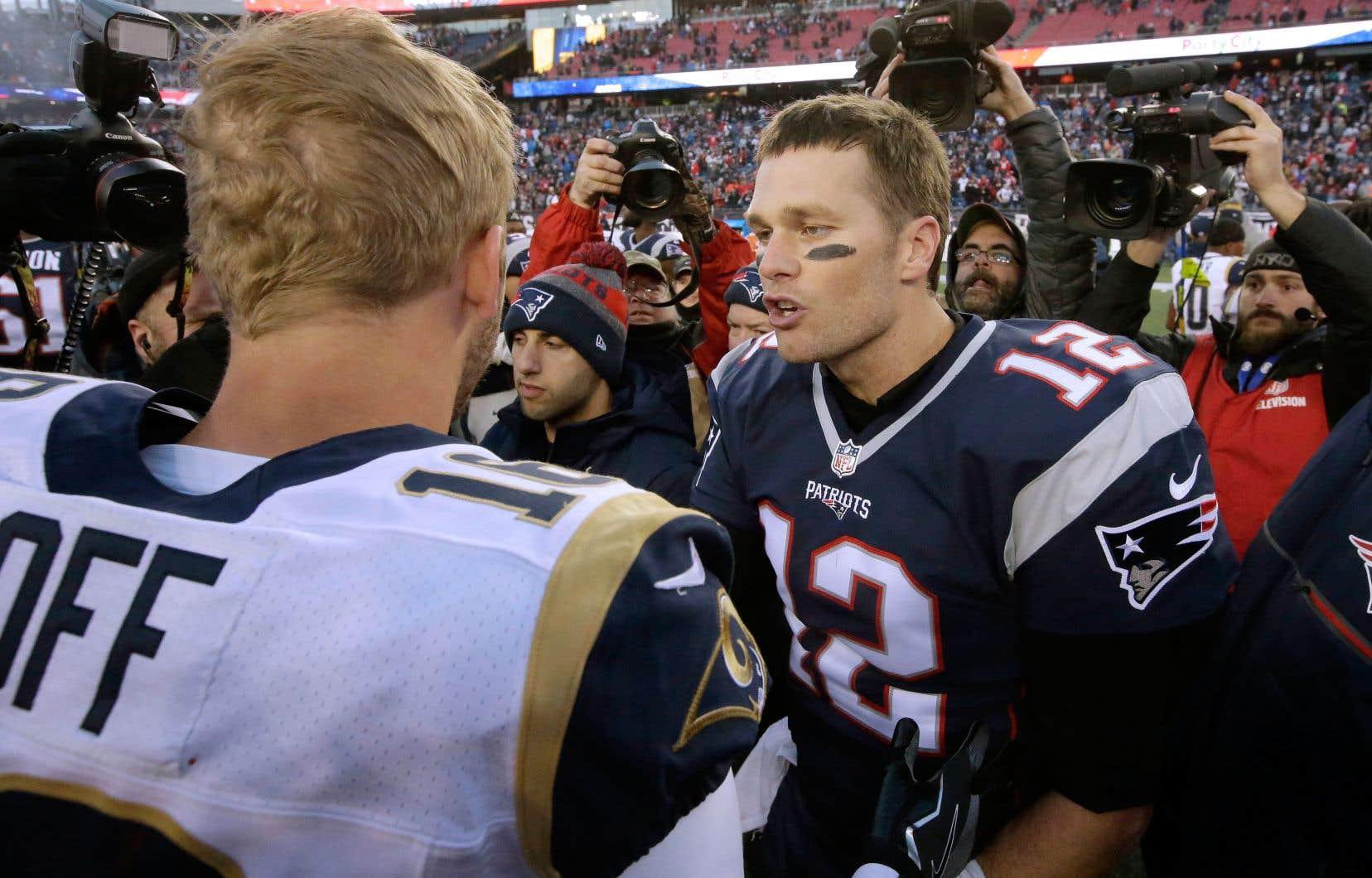 Tom Brady et Jared Goff s'étaient affrontés en décembre 2016 lors de la première saison du jeune quart des Rams de Los Angeles. Les Patriots l'avaient emporté 26-10.