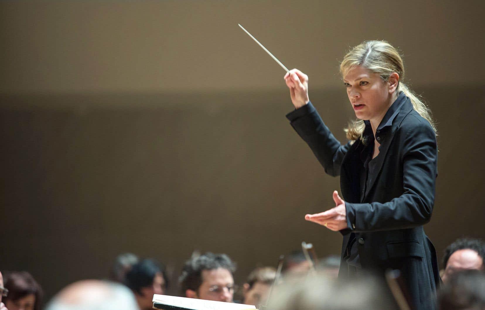 La chef d'orchestre Keri-Lynn Wilson