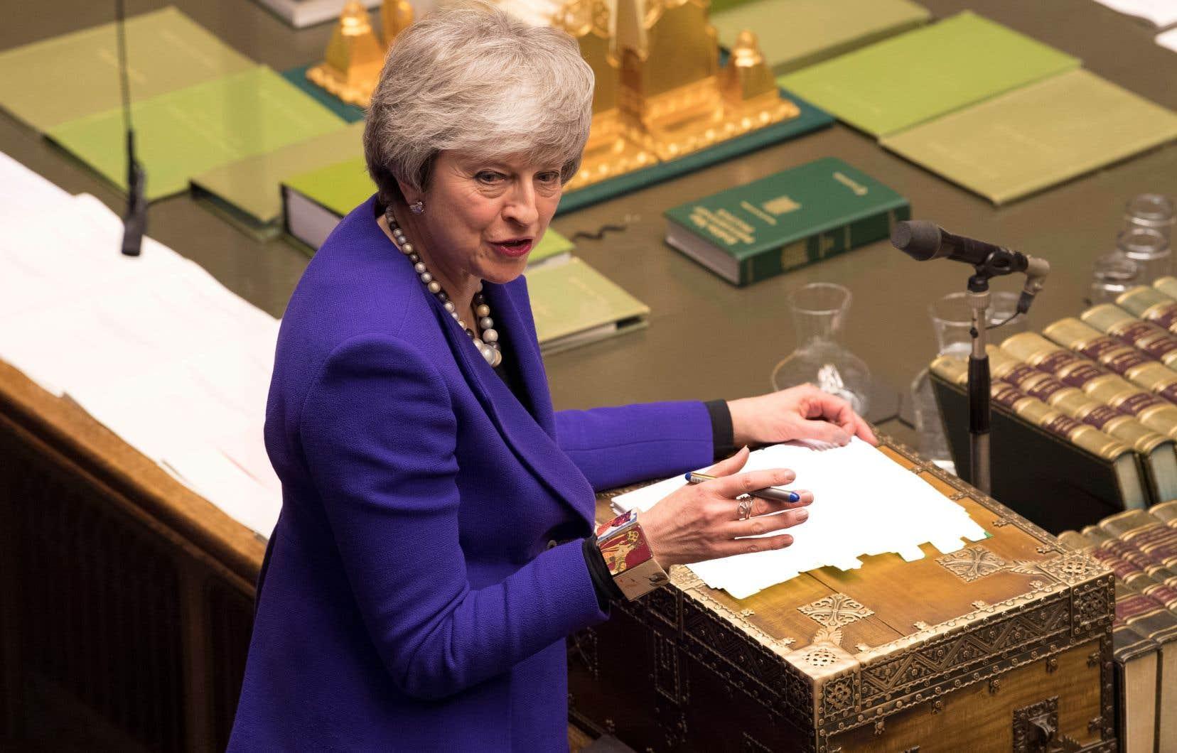 Theresa May dit vouloir trouver une issue sur le Brexit qui soit susceptible de rallier une majorité au Parlement, Brexiters comme europhiles.