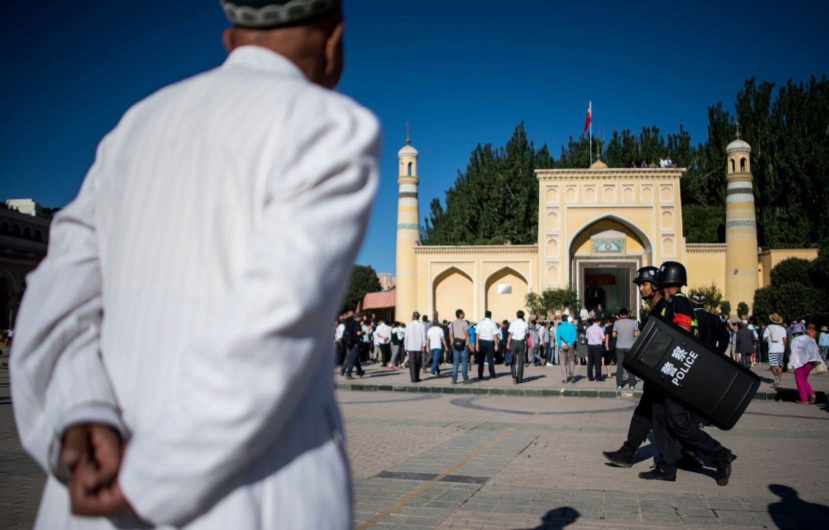 Le Xinjiang, vaste région dont les Ouïghours constituent la principale ethnie, a été placée ces dernières années sous haute surveillance policière.