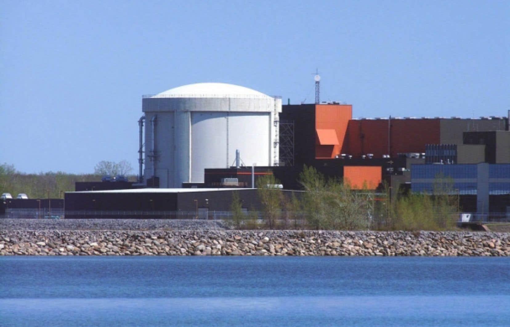 EACL gère 22 réacteurs nucléaires au Canada, dont Gentilly-2.