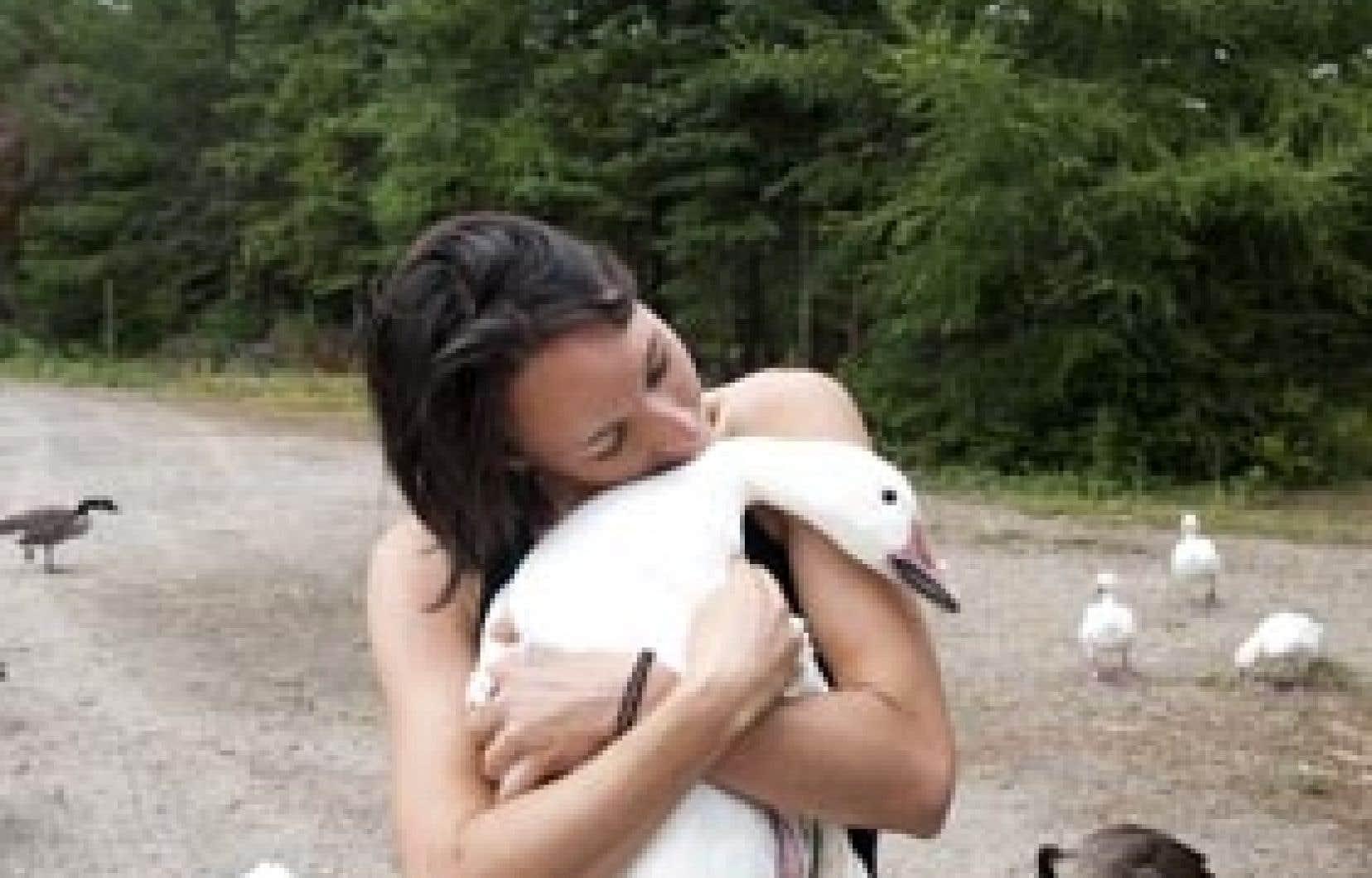 Une ex-oie blanche, la biologiste Pascale Otis est devenue Mère l'Oie en titre.