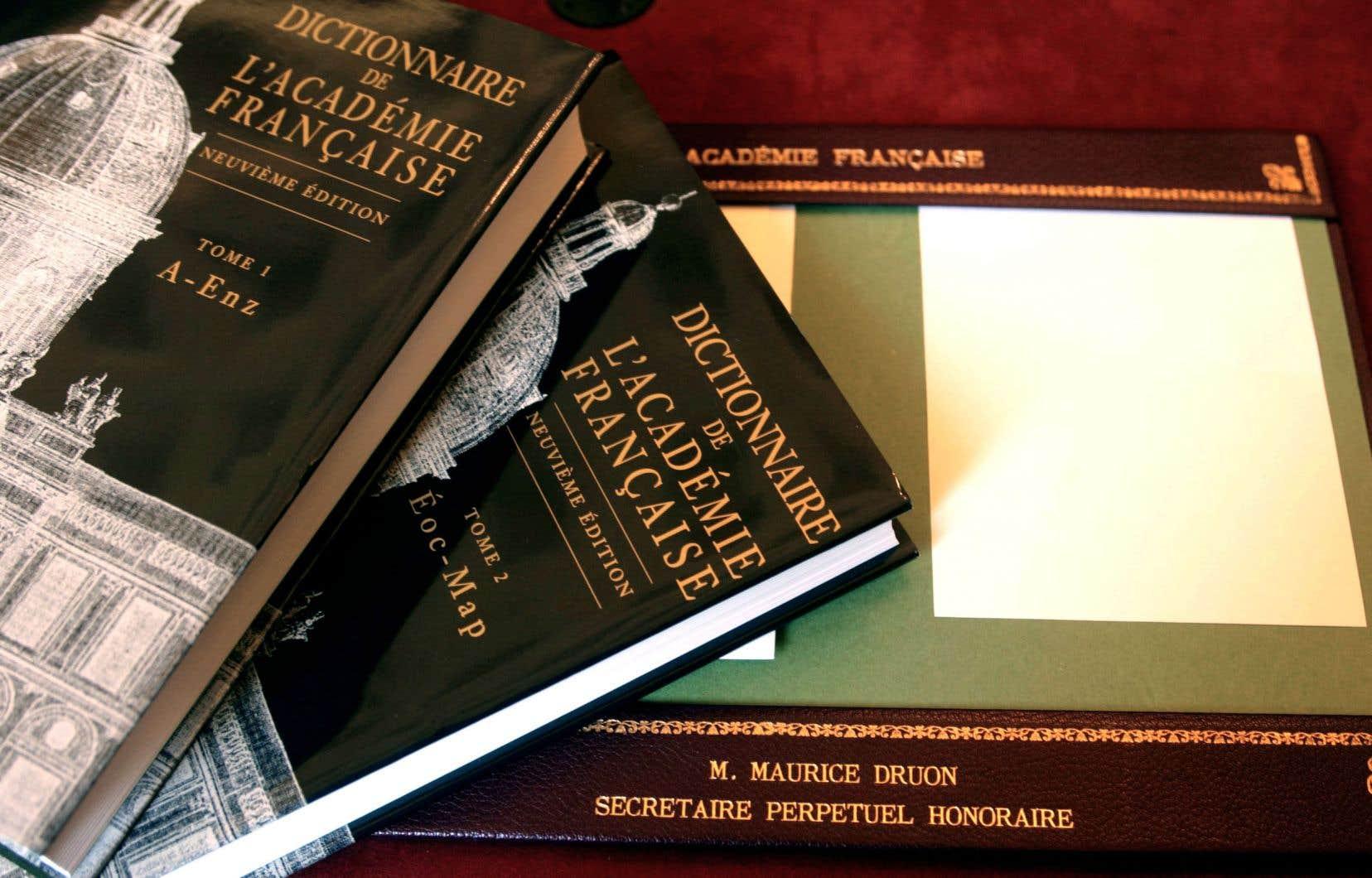 Les académiciens ont commencé la rédaction de la 9e édition de leur dictionnaire en 1986 (après un gros passage à vide entre les années 1950 et 1970).
