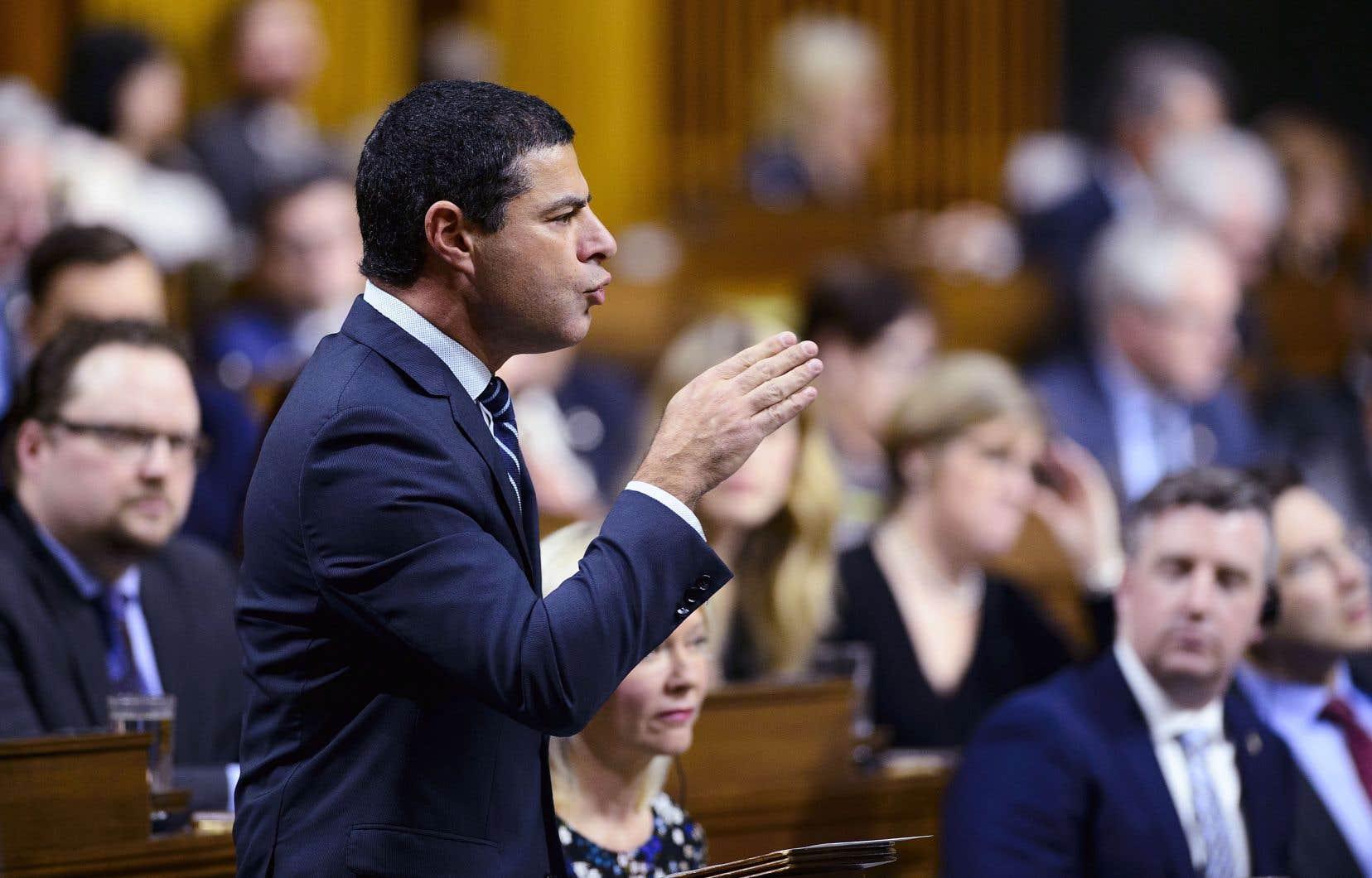 Le député conservateur Alain Rayes lors de la période de questions à la Chambre des communes, le 5 février, à Ottawa