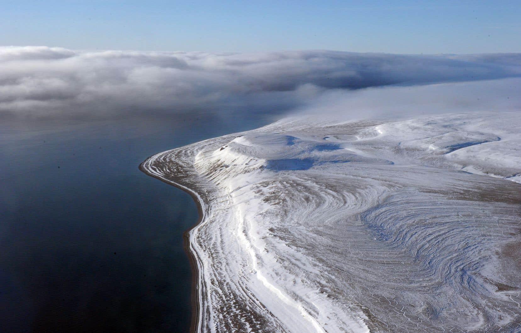 Le gouvernement libéral, qui est en fin de mandat, n'a pas encore déposé de politique officielle sur l'Arctique.