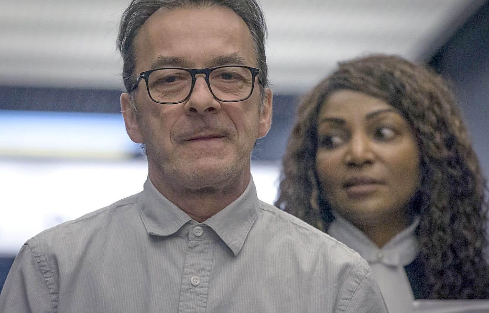 Le procès de Michel Cadotte se poursuit mardi.