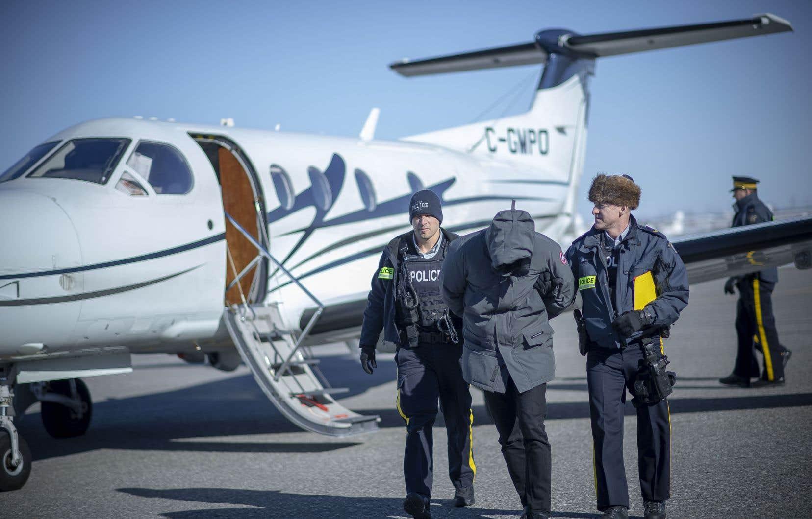 Un homme arrêté par la GRC à Toronto a été transporté à Montréal dans le cadre de l'opération <em>Collecteur</em>.