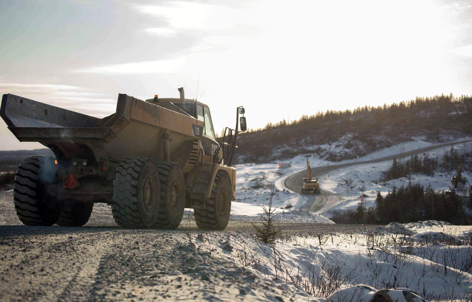 Nemaska Lithium souhaite exploiter la mine Whabouchi, située à 300km au nord de Chibougamau, pour y extraire du spodumène — le minerai de lithium — et expédier la matière première à sa future usine de production commerciale de Shawinigan.