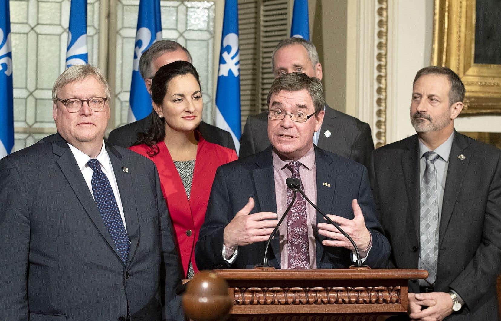 Les partis de l'opposition se sont associés à la démarche du SPGQ, représenté ici par son président, Richard Perron.
