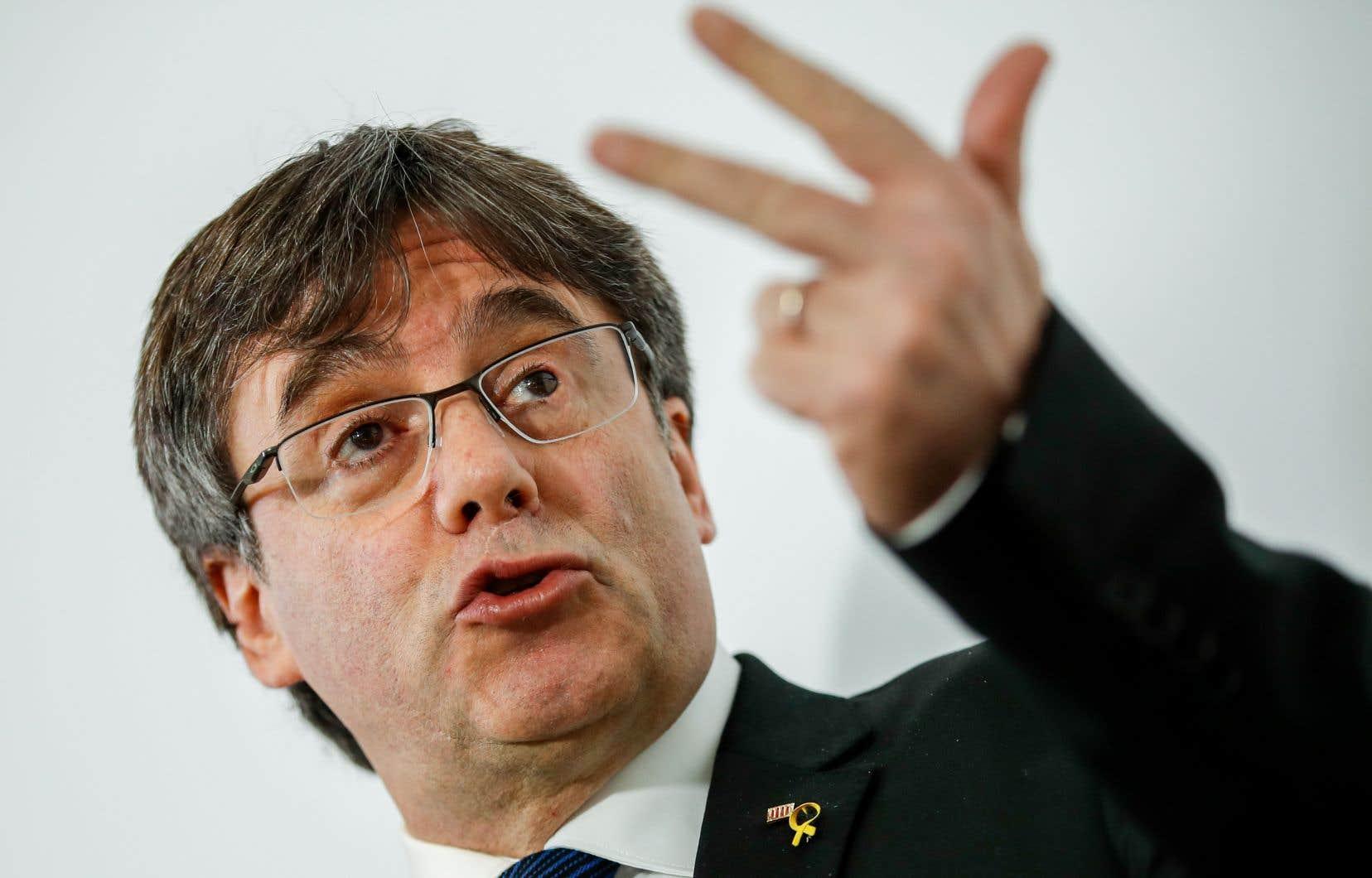 L'ex-président catalan Carles Puigdemont devait prononcer une conférence au Parlement européen.