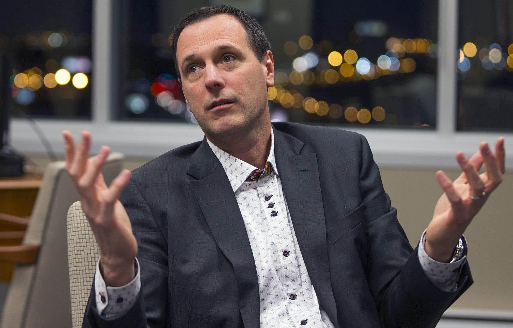 Le ministre caquiste Jean-François Roberge s'est engagé à présenter différents «scénarios possibles» d'ici la fin du mois d'avril.