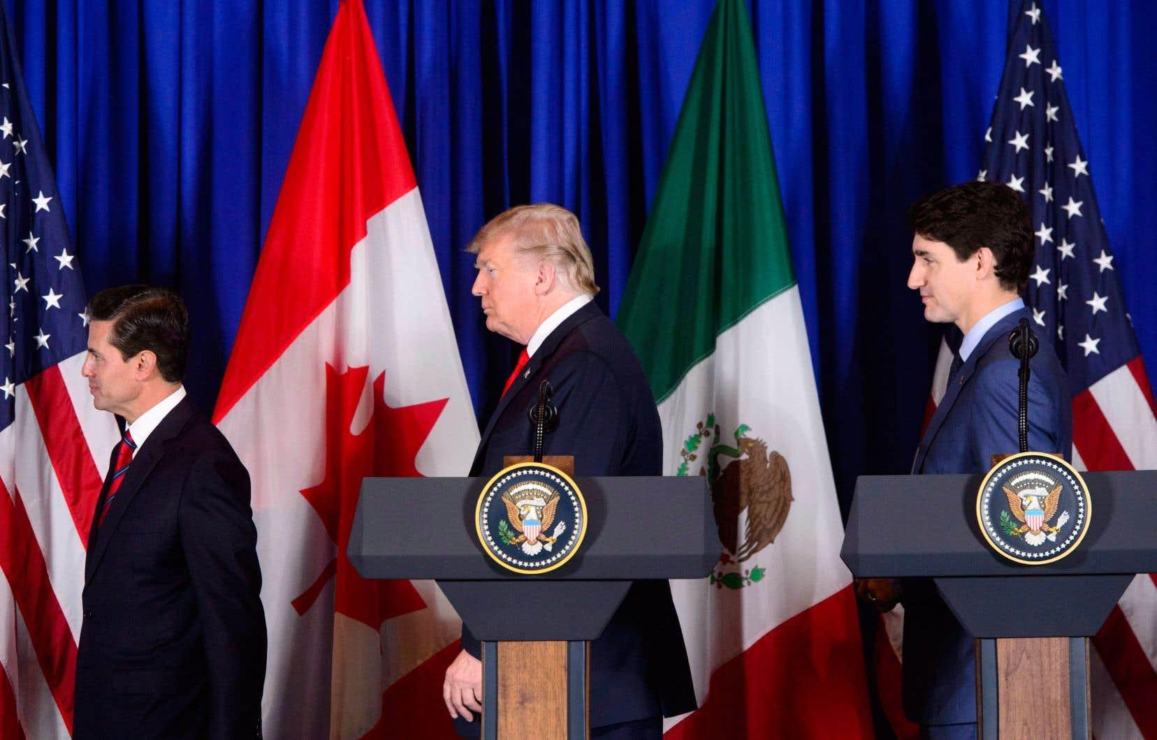 Enrique Peña Nieto, Donald Trump et Justin Trudeau à la signature de l'Accord Canada–États-Unis–Mexique (ACEUM), en novembre