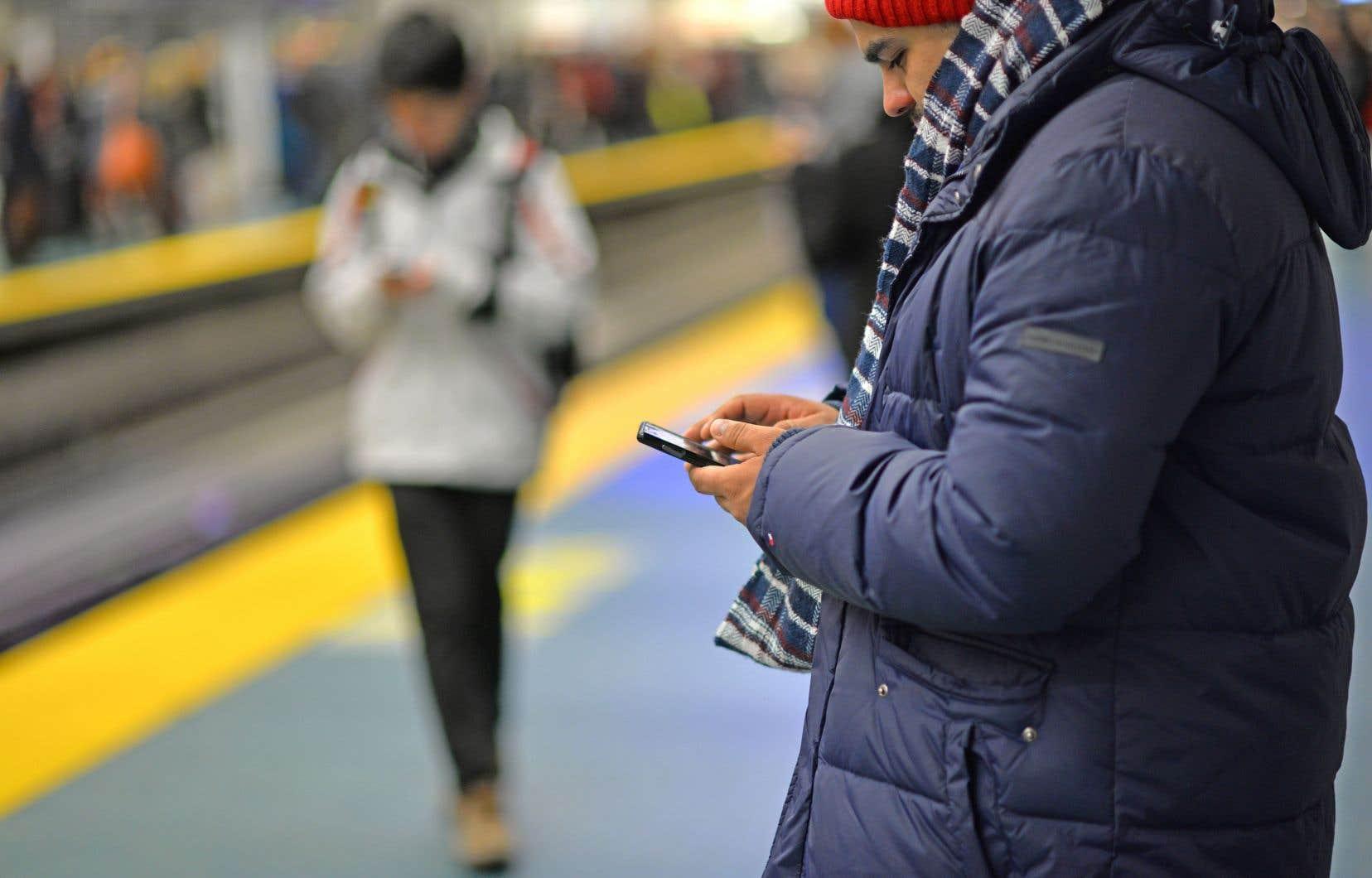 Le CRTC estime que les Canadiens connaissent mal leurs recours et songe notamment à l'imposition d'un nouveau code de conduite qui couvrirait les services Internet.